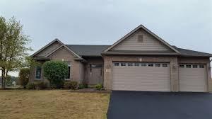 roscoe garage door poplar grove il homes sells rockford homes