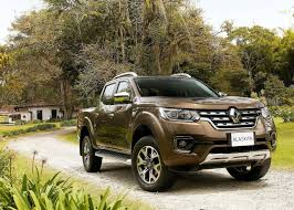 renault alaskan vs nissan navara renault alaskan officially revealed cars co za
