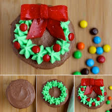 wonderful diy christmas wreath cupcake