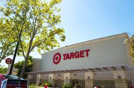 is target open on thanksgiving