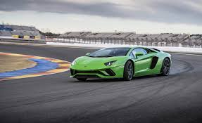 Green Lamborghini Aventador - 2017 lamborghini aventador coupe pictures photo gallery car