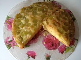 cuisiner la rhubarbe gâteau à la rhubarbe recette recettes de gâteaux marmiton et