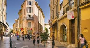 location siege auto aix en provence go languedoc 10 best provence towns to visit in