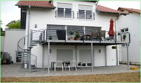 balkon mit treppe balkon treppen preise