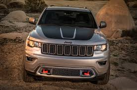 jeep grill art 2017 jeep grand cherokee adds trailhawk updates summit packages