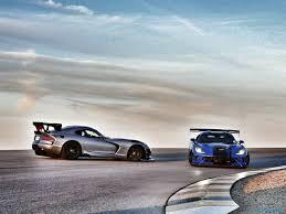 Dodge Viper 2017 - 2016 dodge viper acr review snakes on a track slashgear