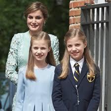 queen letizia and spanish royal family may 2017 popsugar latina