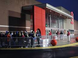 target out door black friday 2016 scenes from black friday
