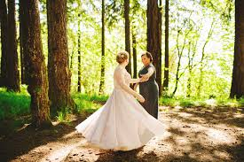 wedding planner seattle seattle lgbt wedding planner the invisible hostess lara