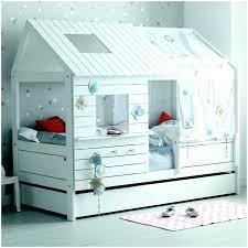 cabane fille chambre lit chambre fille lit cabane fille 90 200 blanc chambre fille avec