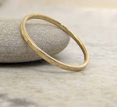 london wedding band london jewellery school jewellery trends slim gold hammered