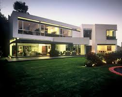 modern large modern bungalow design plans that has white dominated