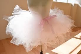 how to make tulle skirt how to make a tutu skirt diy projects craft ideas how to s for