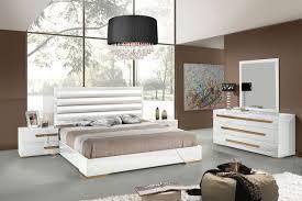Contemporary White King Bedroom Set Diva Rocker Glam Beds