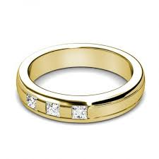 gold wedding band mens 0 40ct princess cut diamonds men s wedding band in 14kt yellow gold