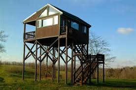 Elevated Bow Hunting Blinds These 8 Homemade Hunting Blinds Are Serious Accomplishments