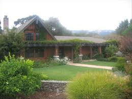 Arts And Crafts Garden - secluded arts and crafts style family estate vrbo