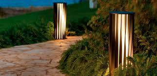 Bollard Landscape Lighting Get Similar Bollard Lights At Royalelighting For
