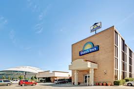 Hotels Next To Six Flags Over Texas Days Inn Six Flags Ballpark Cowboys Stadium Arlington Usa Deals