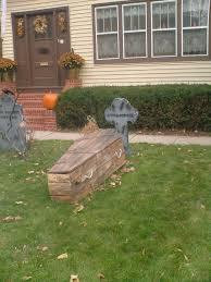 super creepy halloween display extraordinary intelligence