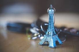 eiffel tower decorations wallpaper eiffel tower decoration keychain wallpapermaiden
