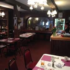 hungry saloon sports bars 520 central ave ericson ne