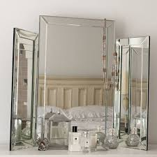Mirror Decor In Living Room by Best 20 Dressing Table Mirror Ideas On Pinterest Makeup