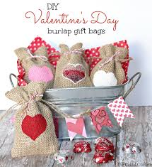 Valentine S Day Gift Ideas For Her Pinterest Diy Valentine U0027s Day Burlap Gift Bags