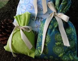 recycled paper wrapping recycled green gift wrapping the daily