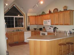 what wall paint color would work best in this open kitchen and