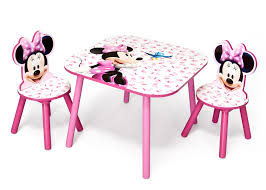 minnie mouse table set minnie mouse table and chair set delta children eu pim