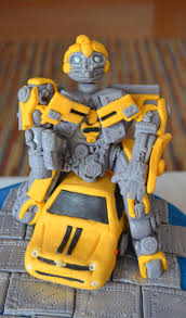 bumblebee transformer cake topper transformers toppers bumblebee transformer cake serendipity cakes by yvonne