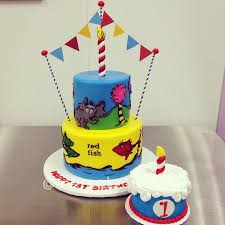 dr seuss cakes dr seuss birthday cakes 403 best dr seuss cakes images on