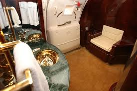 Private Plane Bedroom A Rare Look Inside Donald Trump U0027s 100 Million Private Jet