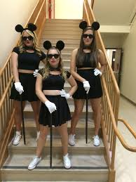30 creative group halloween costumes three blind mice costume