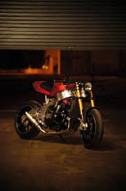 cbr series bikes rocketgarage cafe racer cbr 900 café racer by chris bikes