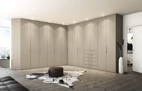 Schlafzimmer Schrankwand Hülsta Kleiderschrank Hüls Die Einrichtung