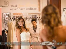 milwaukee wedding dress shops faq