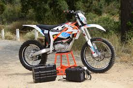 motocross electric bike dirt bike magazine friday wrap up riding yamaha u0027s new 450 and