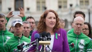 Seeking What S Your Deal Congresswoman Elizabeth Esty Will Not Seek Re Election Axios