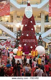 Christmas Decorations Shopping Malls Kuala Lumpur by Christmas Crowd At Pavilion Shopping Mall In Malaysia Stock Photo