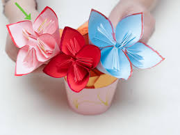 How To Fold Paper For Envelope How To Make A Paper Flower Bouquet With Pictures Wikihow