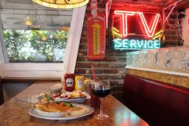 antique row restaurants cafes diners and bistros