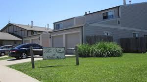 the villas of white oak apartments wichita ks 67207