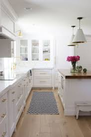 Kitchen Ideas Pinterest Best 25 Classic White Kitchen Ideas On Pinterest Wood Floor