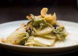 cuisiner chou chinois recette chou chinois sauté au wok recettes asiatiques