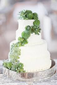 wedding cake greenery green with envy 2017 color of the year greenery i do y all