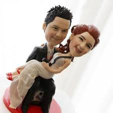 cake toppers bobblehead real weddings avital and brett s black and