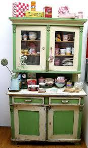 Green Cabinet Kitchen Best 25 Retro Kitchens Ideas Only On Pinterest 50s Kitchen