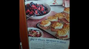 cracker barrel in the south they re getting ready for thanksgiving